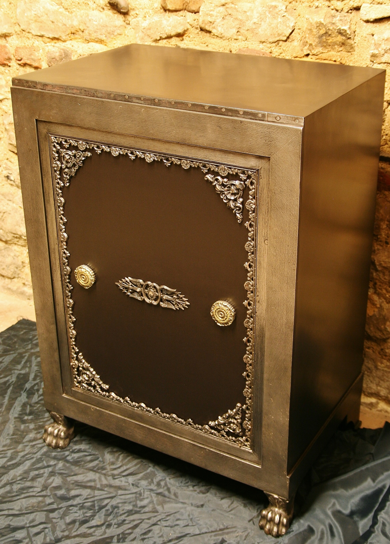 antica cassaforte, antiker Tresor, antique safe